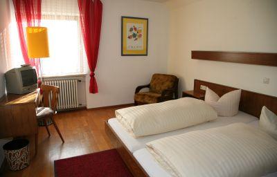 Gasthof_-_Pension_Krone-Oppenau-Double_room_standard-6-542490.jpg