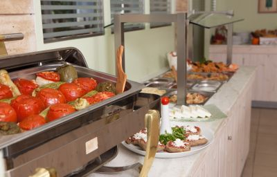 Philoxenia-Malia-Restaurant-2-543559.jpg