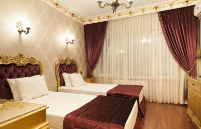 Camera a tre letti Art Suites Hotel Istanbul (İstanbul)