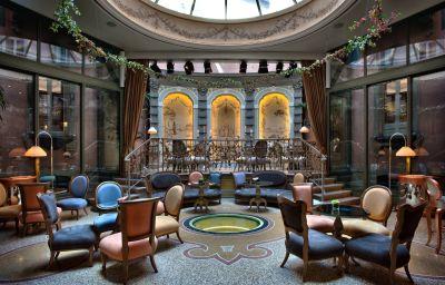 Hotel bar Chateau Monfort