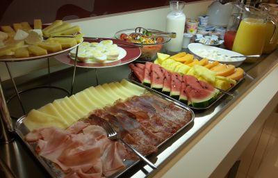 Bufet de desayuno Virginia Palace