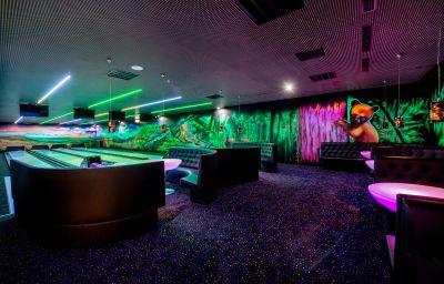 Hotel_Arlamow-Ustrzyki_Dolne-Skittle_alley-2-545427.jpg