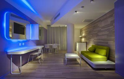 Barcelo_Milan-Milan-Suite-545719.jpg