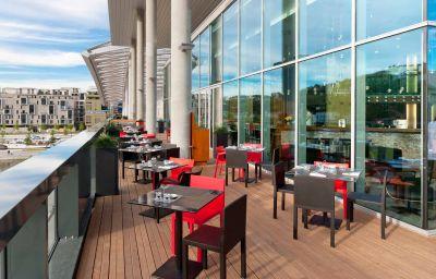 Restaurante/sala de desayunos Novotel Lyon Confluence
