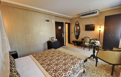 Princess_Old_City-Istanbul-Suite-1-546181.jpg