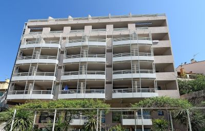 AppartHotel_Odalys_Les_Felibriges-Cannes-Hotel_outdoor_area-2-546358.jpg