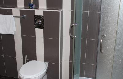 Villa_Zrina-Zagreb-Bathroom-5-547368.jpg
