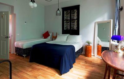 Portus_House_Istanbul-Istanbul-Triple_room-4-547730.jpg