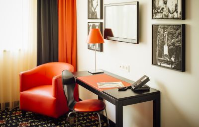 Business room angelo by Vienna House Munich Westpark
