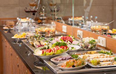 Breakfast buffet Zarenhof Friedrichshain