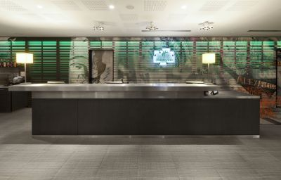 Recepción Holiday Inn BERLIN - CENTRE ALEXANDERPLATZ