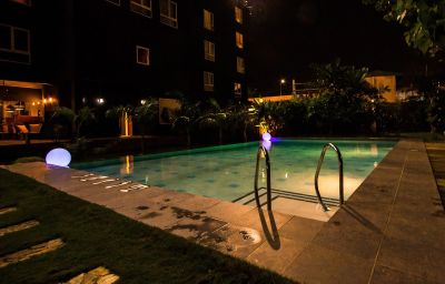 Pool The Henry Hotel Cebu City (Cebu Island)