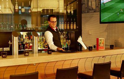 Hotel bar Ramada Hotel & Conference Center München Messe