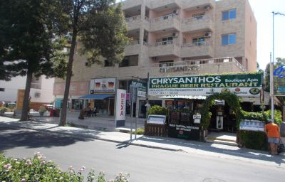 Chrysanthos_Boutique_Apartments-Limassol-Hotel_outdoor_area-553593.jpg
