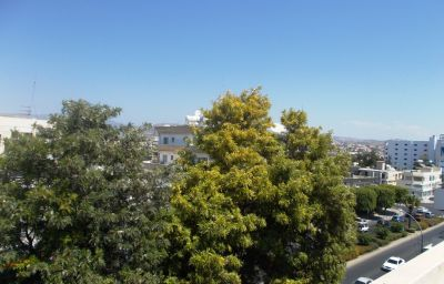 View Chrysanthos Boutique Apartments Limassol (Limassol District)