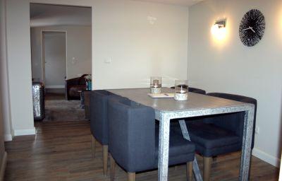 Villa_54_Nord-Westerland-Four-bed_room-2-553613.jpg