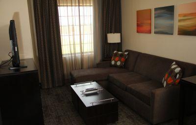Staybridge_Suites_BISMARCK-Bismarck-Room-7-572860.jpg
