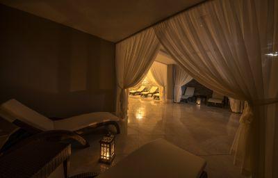 Ramada_Resort_Lara-Antalya-Rest_area-580477.jpg