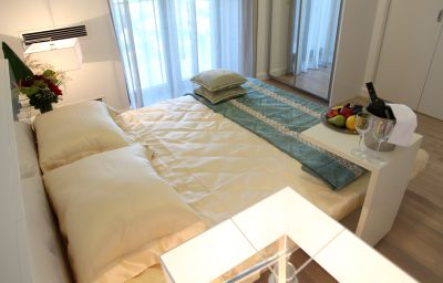 Single room (standard) Zepter hotel