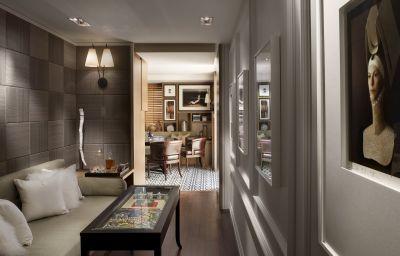 Suite Rosewood London
