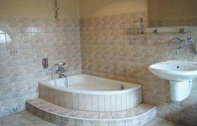 Dworek_pod_Herbem-Milicz-Bathroom-637034.jpg