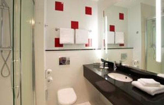 Bathroom Park Inn By Radisson Belfast