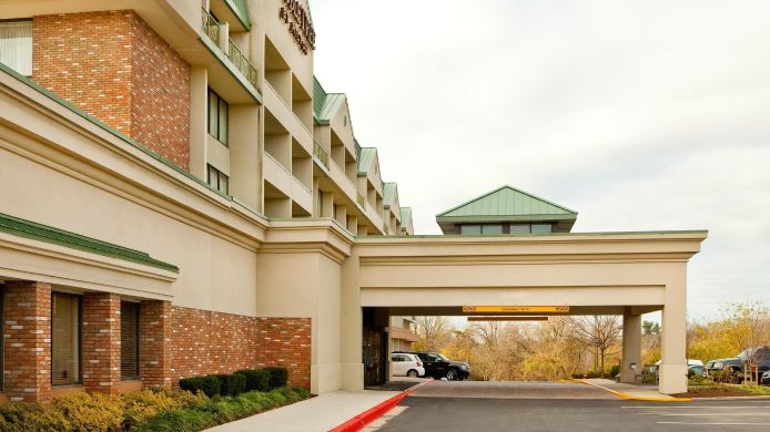 Exterior view Baltimore North Pikesville DoubleTree