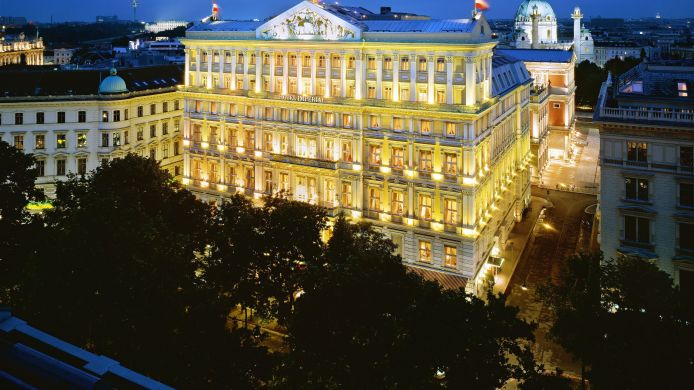 Buitenaanzicht Hotel Imperial a Luxury Collection Hotel