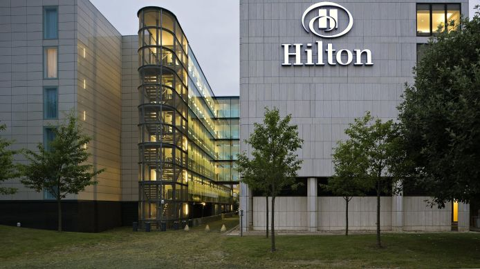 Exterior view Hilton London Gatwick Airport