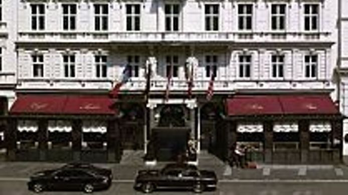 Exterior view Sacher Wien