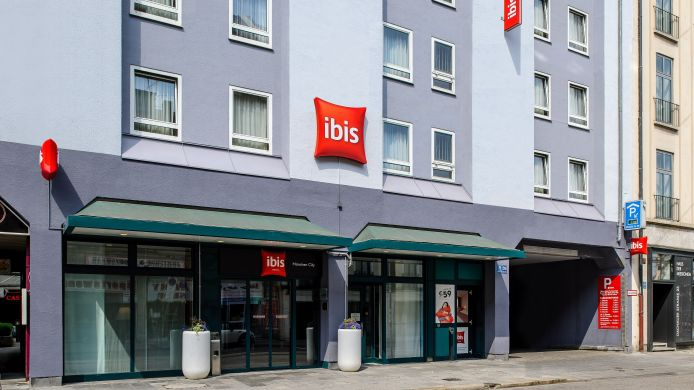 Exterior view ibis Muenchen City