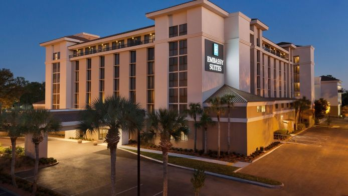 Exterior view Embassy Suites by Hilton Jacksonville Baymeadows