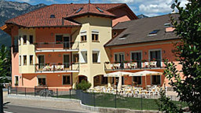 Exterior view Goldenhof Wellness