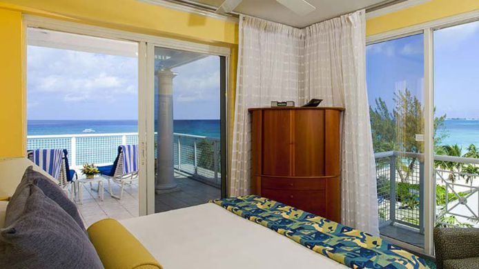 Room GRAND CAYMAN BEACH SUITES