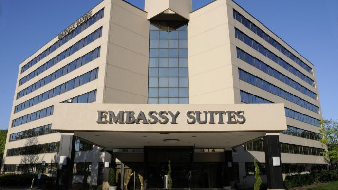 Exterior view Embassy Suites by Hilton Tysons Corner