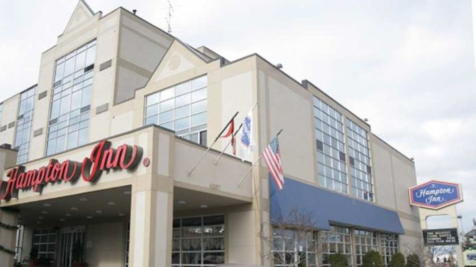 Buitenaanzicht Hampton Inn by Hilton Niagara Falls-North Of The Falls
