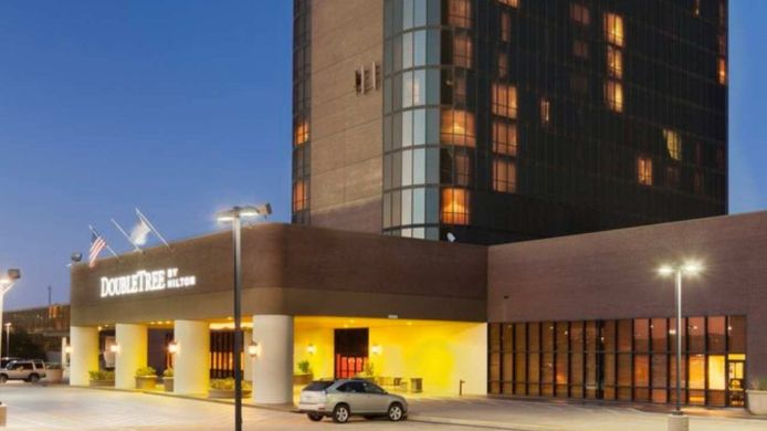 Exterior view DoubleTree by Hilton Dallas - Campbell Centre