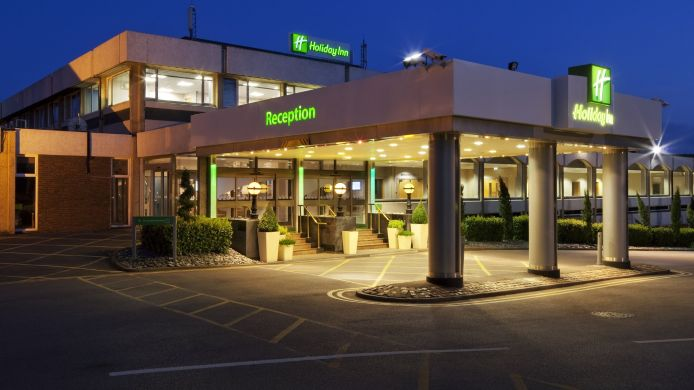 Exterior view Holiday Inn MAIDENHEAD/WINDSOR