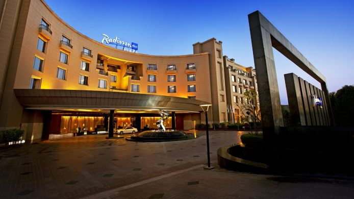Exterior view RADISSON BLU PLAZA DELHI