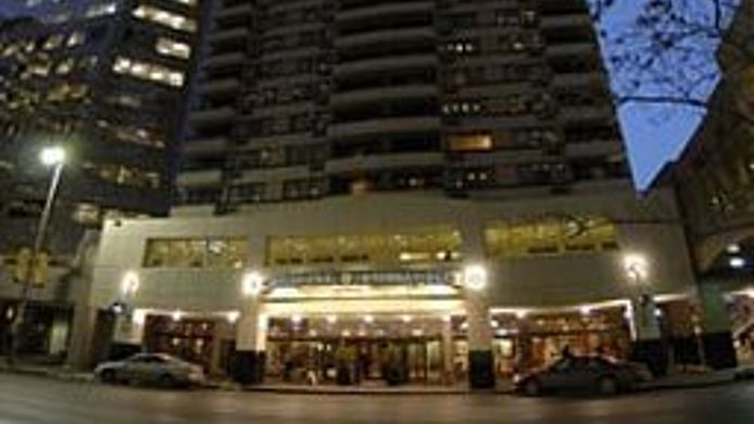 Buitenaanzicht INTERNATIONAL HOTEL CALGARY