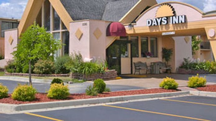 Exterior view DAYS INN ANN ARBOR