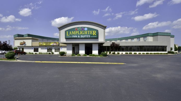 Buitenaanzicht LAMPLIGHTER INN AND SUITES SOUTH
