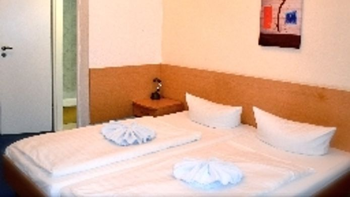 Room Messe Hotel Pension