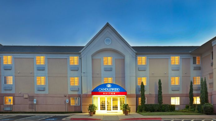 Buitenaanzicht Candlewood Suites DALLAS-BY THE GALLERIA