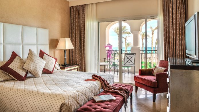 Junior suite Jaz Almaza Bay