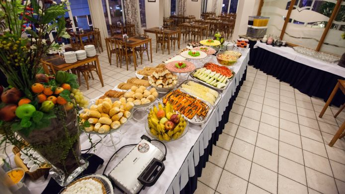 Breakfast buffet Plaza Camboriu