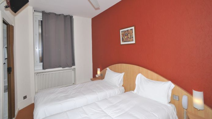Double room (standard) Au Logis de Vendome