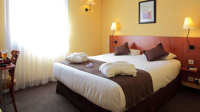 Double room (superior) Best Western Athenee by HappyCulture