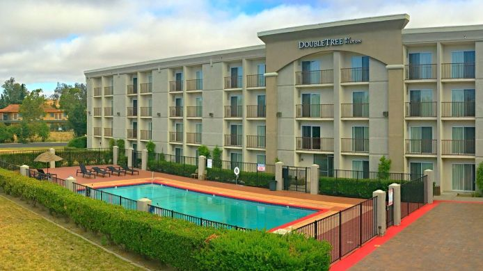 Exterior view DoubleTree by Hilton Livermore