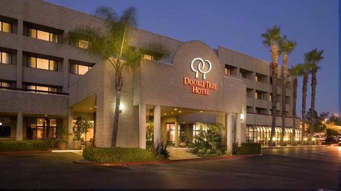 Exterior view DoubleTree by Hilton Los Angeles - Rosemead